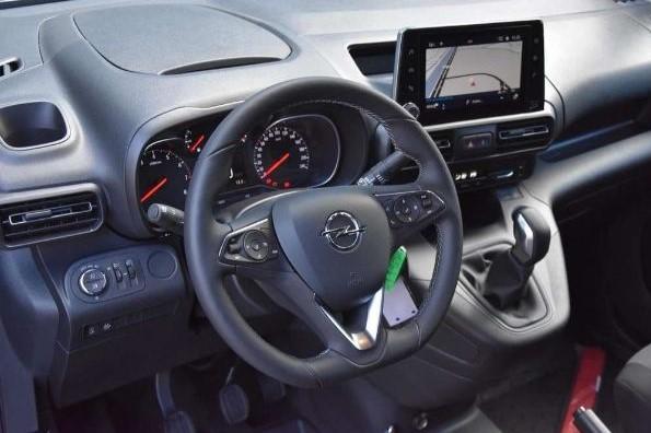 Opel Combo leasen 8