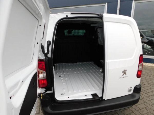 Peugeot Partner leasen 9